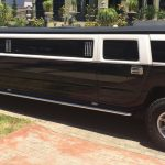 black-and-white-limo-01